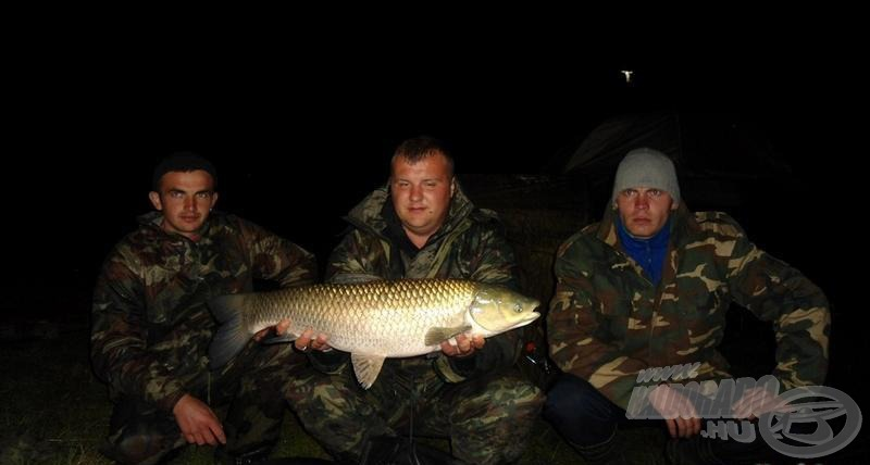 Tutu Feeder Team - 5,21 kg-os amur
