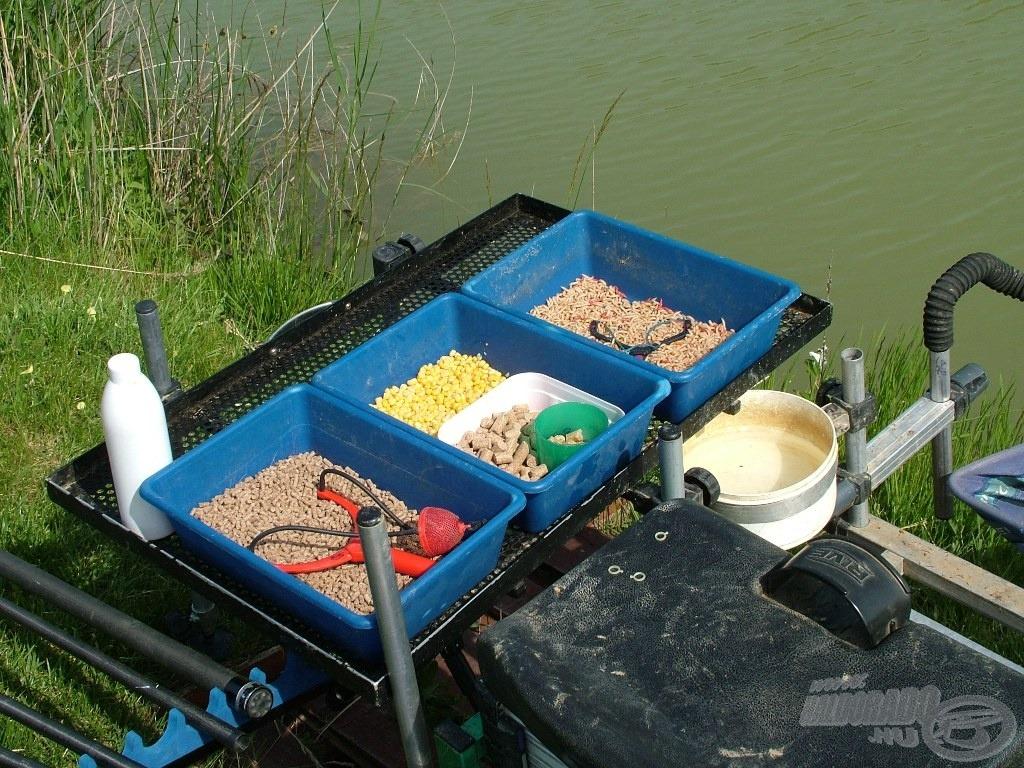 A mai étlapon szereplő menü: pellet, kukorica és csonti