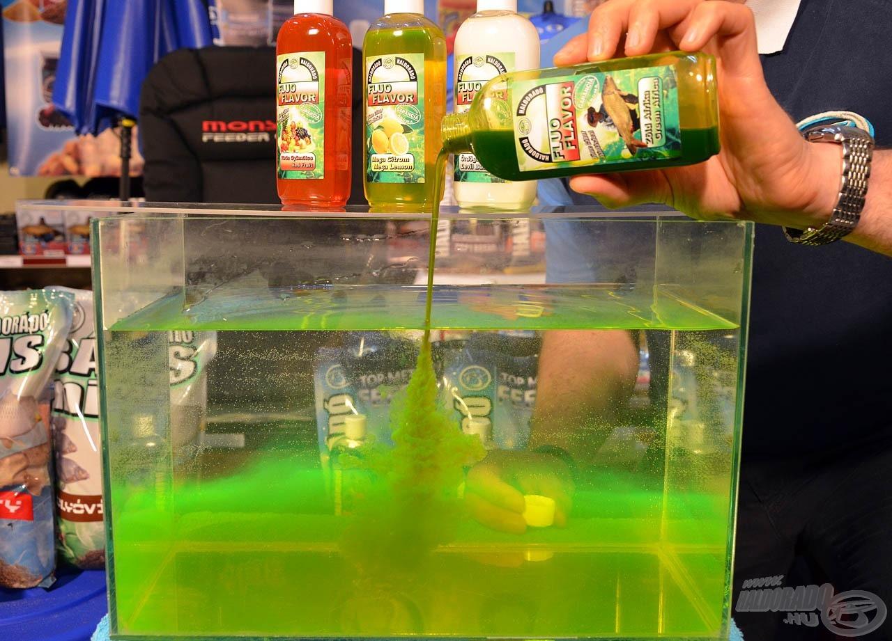 Oldódás közben fluo zöld felhőt képez a vízben, amely (finom íze mellett) vizuális ingert is kelt a halak számára