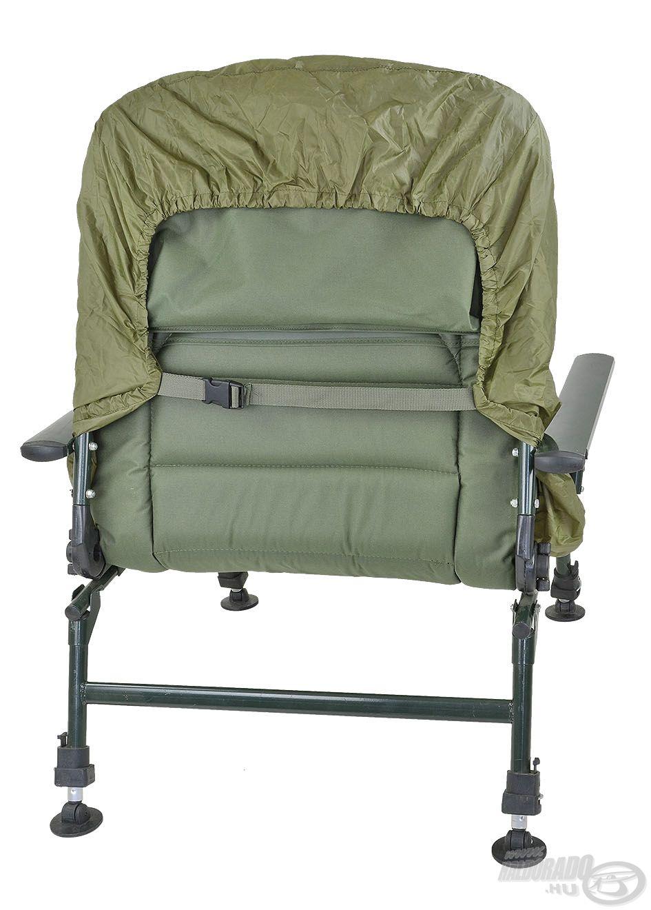 Széles mérethatárok közt állítható szalagokkal és csatokkal van felszerelve, így bármilyen székhez kompatibilis