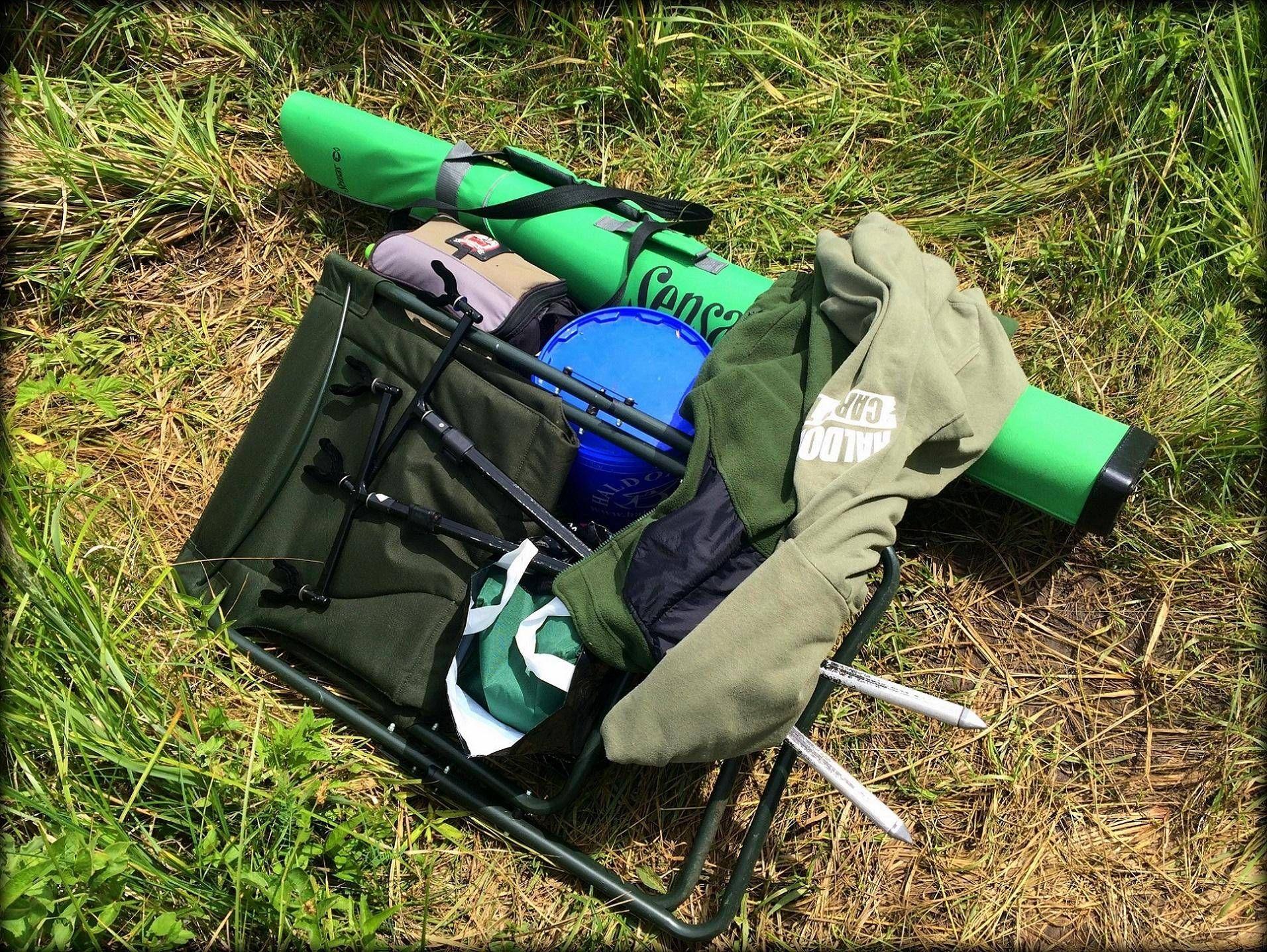 Ennyi cuccal járok horgászni – minimalizált felszerelés