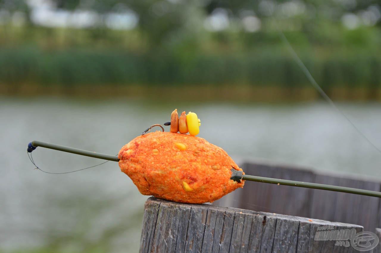 A SpéciCorn Mega csalival kikönnyített savanyú kukorica nemcsak méretével tűnik ki a tömegből, hanem a SpéciCorn intenzív aromájával is