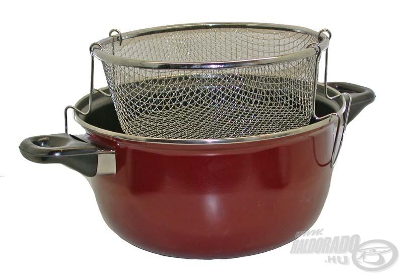 Íme, a tökéletes főzőedény: van kivehető betétje és teteje egyaránt