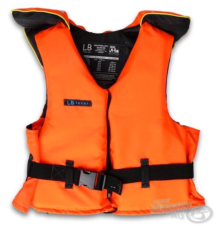 Egyre több tavon kötelező a mentőmellény használata, főleg ha csónakot is fogtok (az etetés során) használni. Erről érdemes előre információt gyűjteni