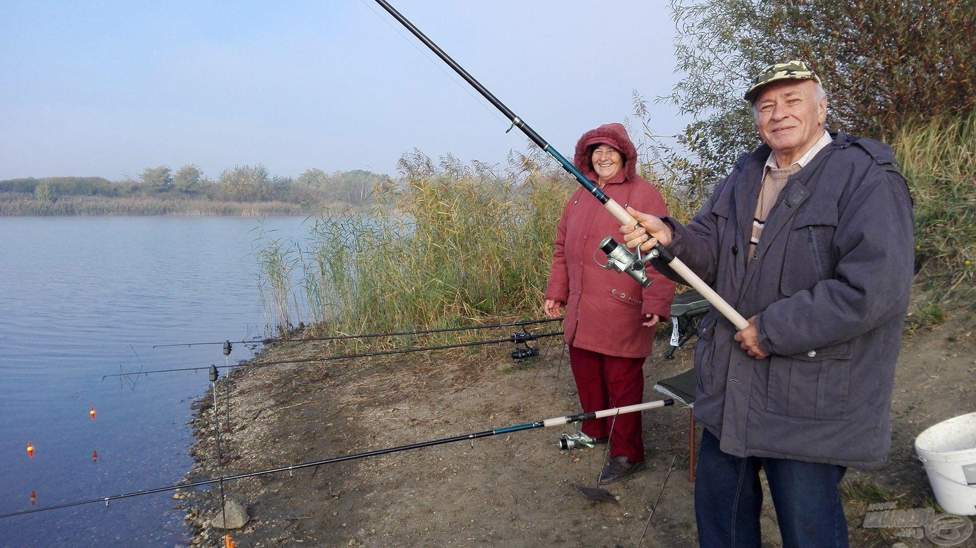 A nagyszülőknek is jókedvűen telt a horgászat :)