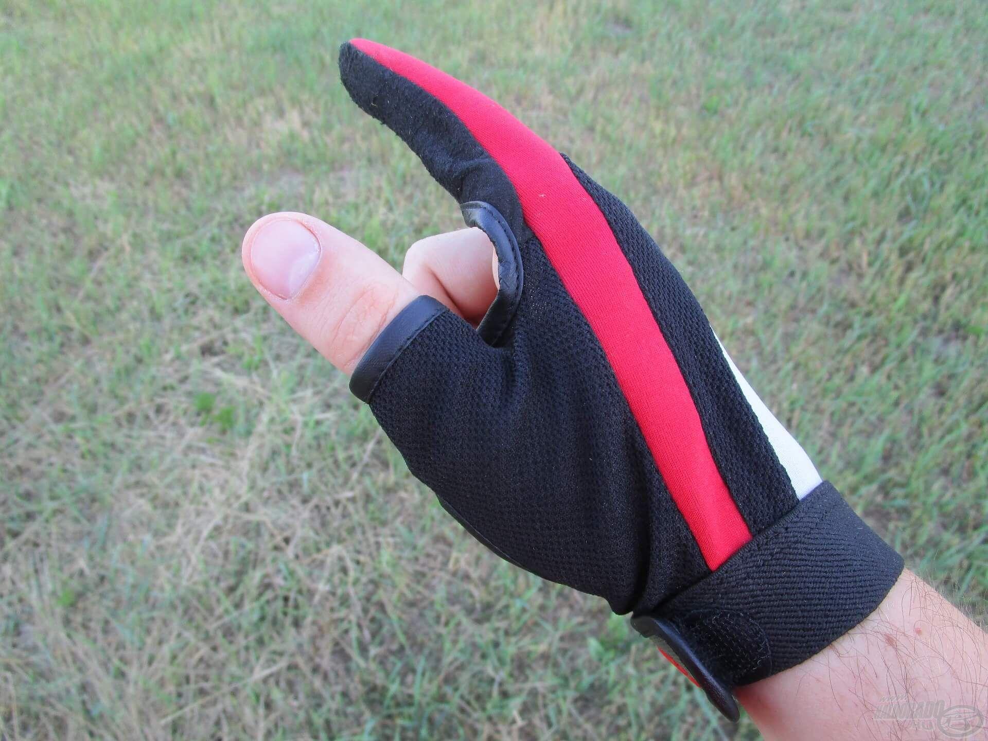 A fonott dobóelőke zsinór nagyon vékony, elég egy apró hiba, és könnyen belevág az ember ujjába. Egy dobókesztyű vagy valami más ujjvédő használata tehát nélkülözhetetlen a távdobáshoz!