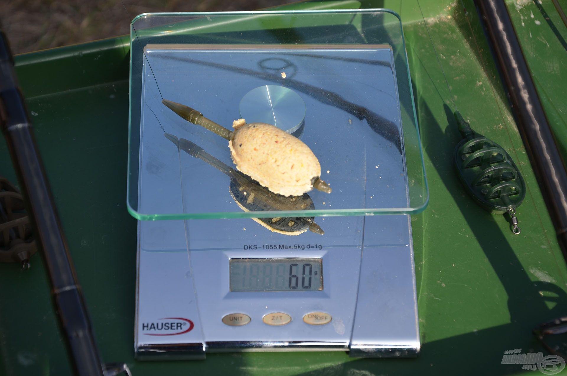 Megtöltve kereken 60 grammot nyom