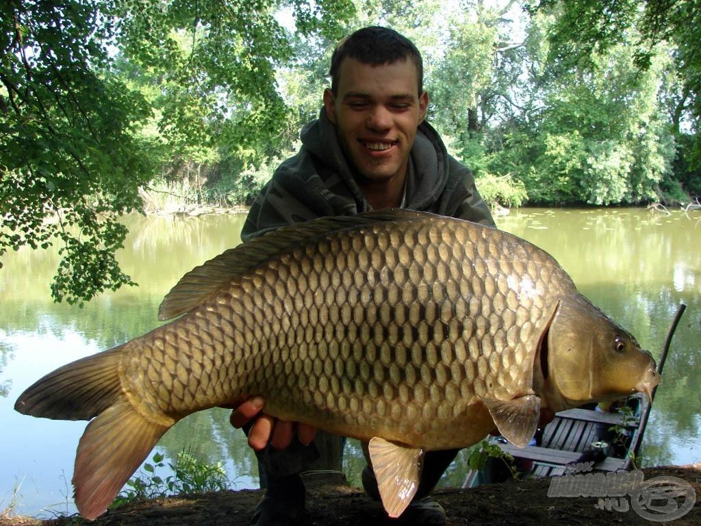 Barátom hala, amely megkoronázta horgászatunkat, 10,25 kg volt!