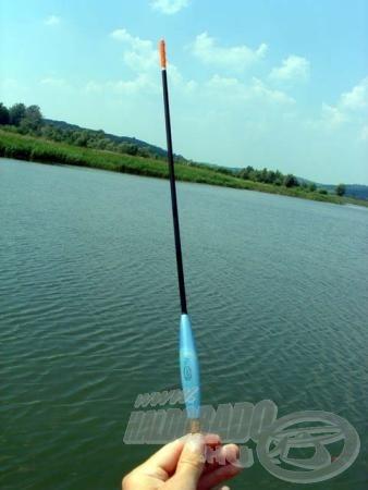 A 12g-os Exner önsúlyos úszó lehetővé tette a 35-40 m-re történő pontos horgászatot