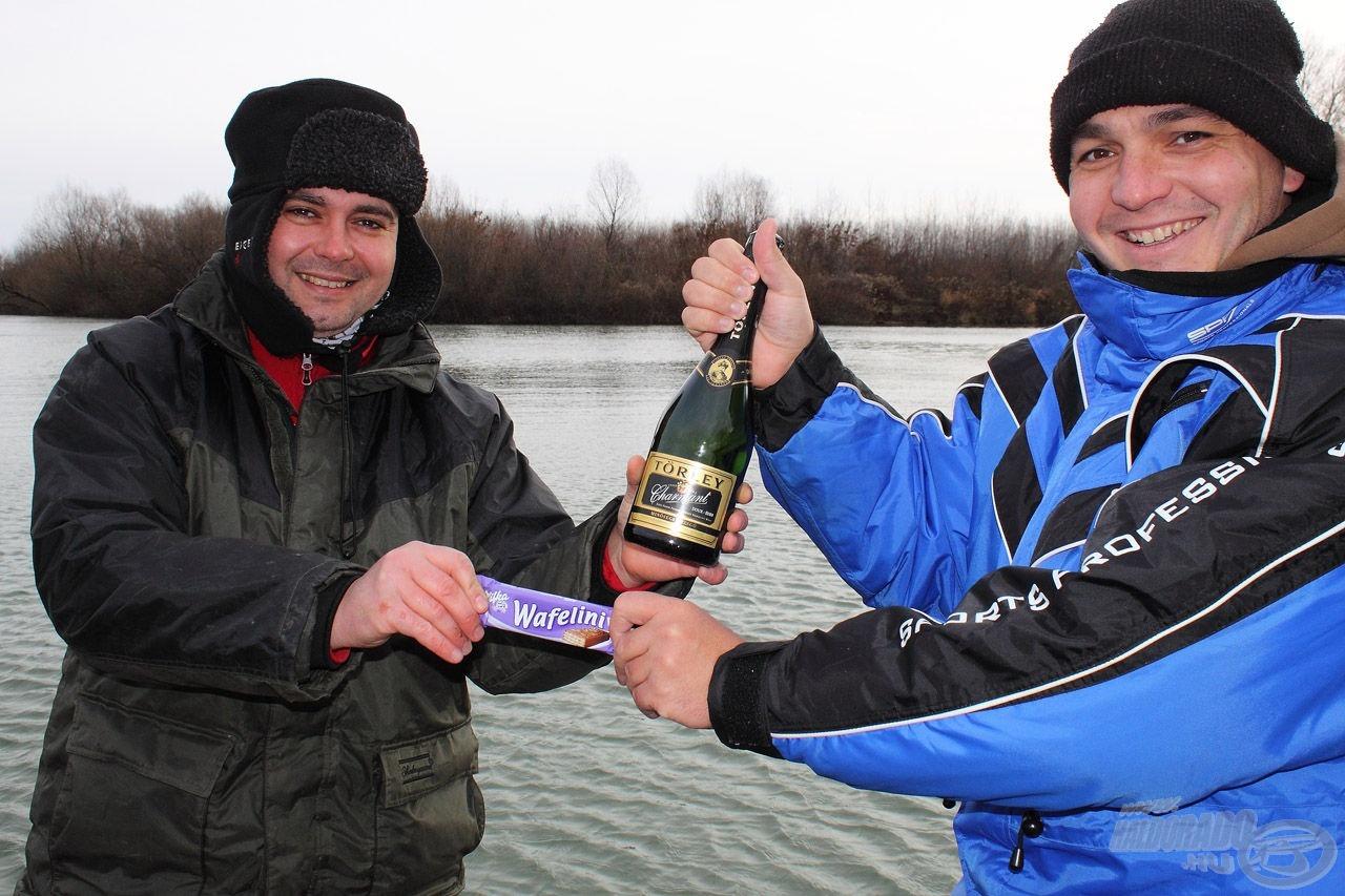 Év végi horgászat lévén különdíj is előkerült, no és a CSOKI!
