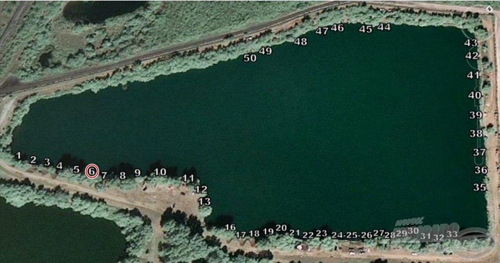 Kézenfekvő választásnak tűnt ez a hely, ám a helyi horgászoktól azt hallottam, hogy ez inkább a tó keszeges szakasza. Majd meglátjuk!