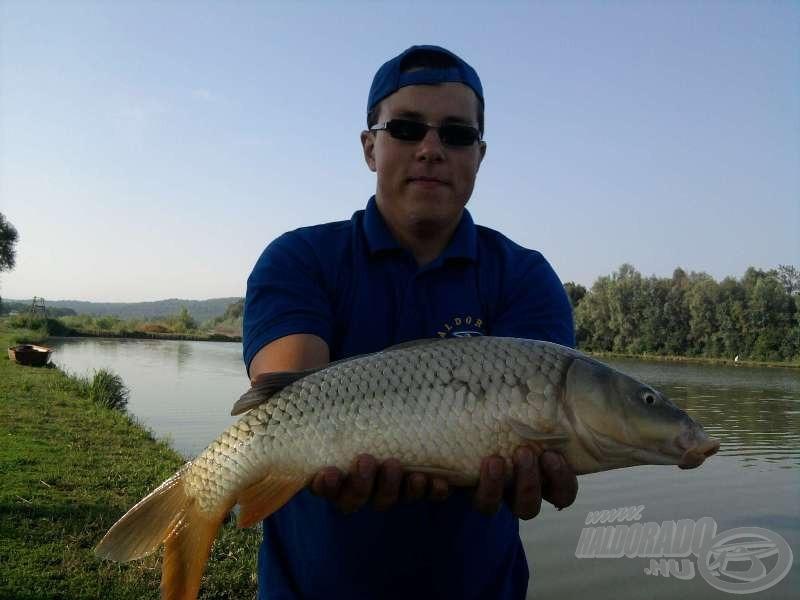 Fontos a kellő hosszúságú előke… a hal súlya: 2,85 kg