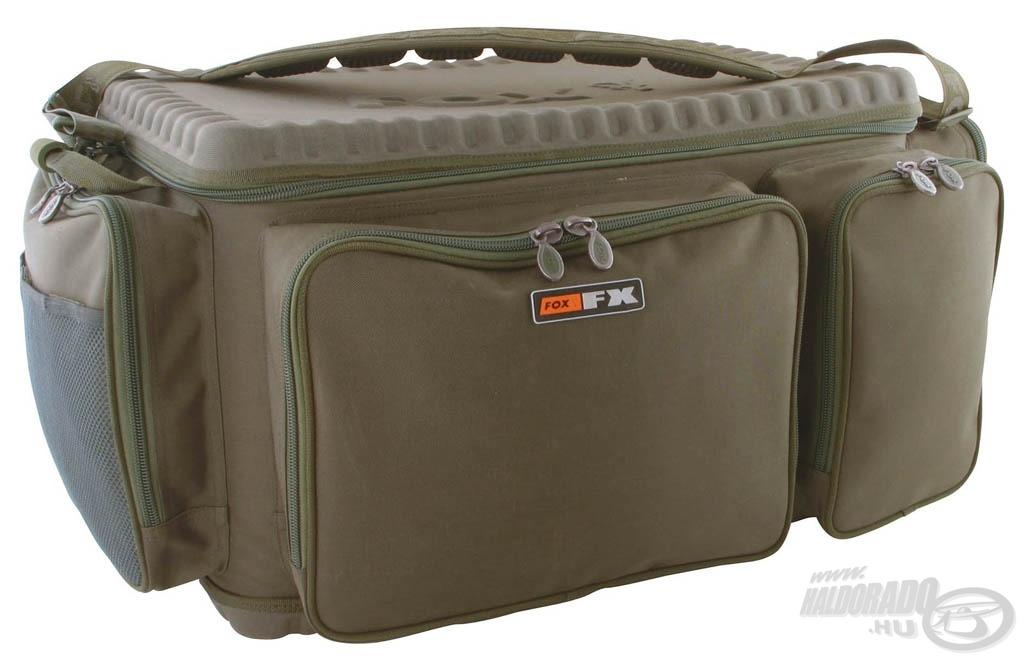 A FOX FX Barrow Bag nagy táska mérete 49 x 79 x 39 cm