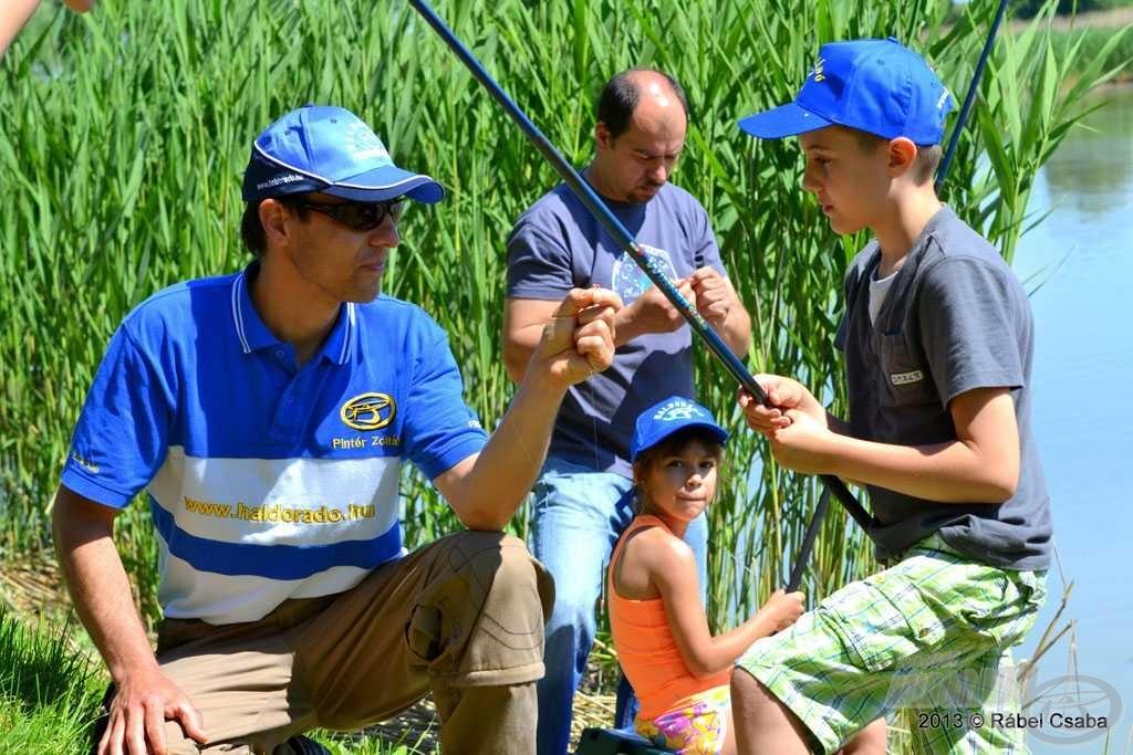 Pintér Zoltán, a Haldorádó Team Kft. ügyvezetője is kilátogatott a gyerekek közé, ő is bekapcsolódott a kicsik oktatásába
