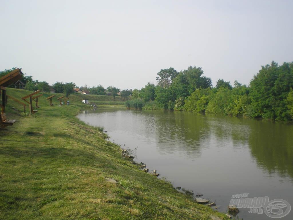 Szép környezetű tó…