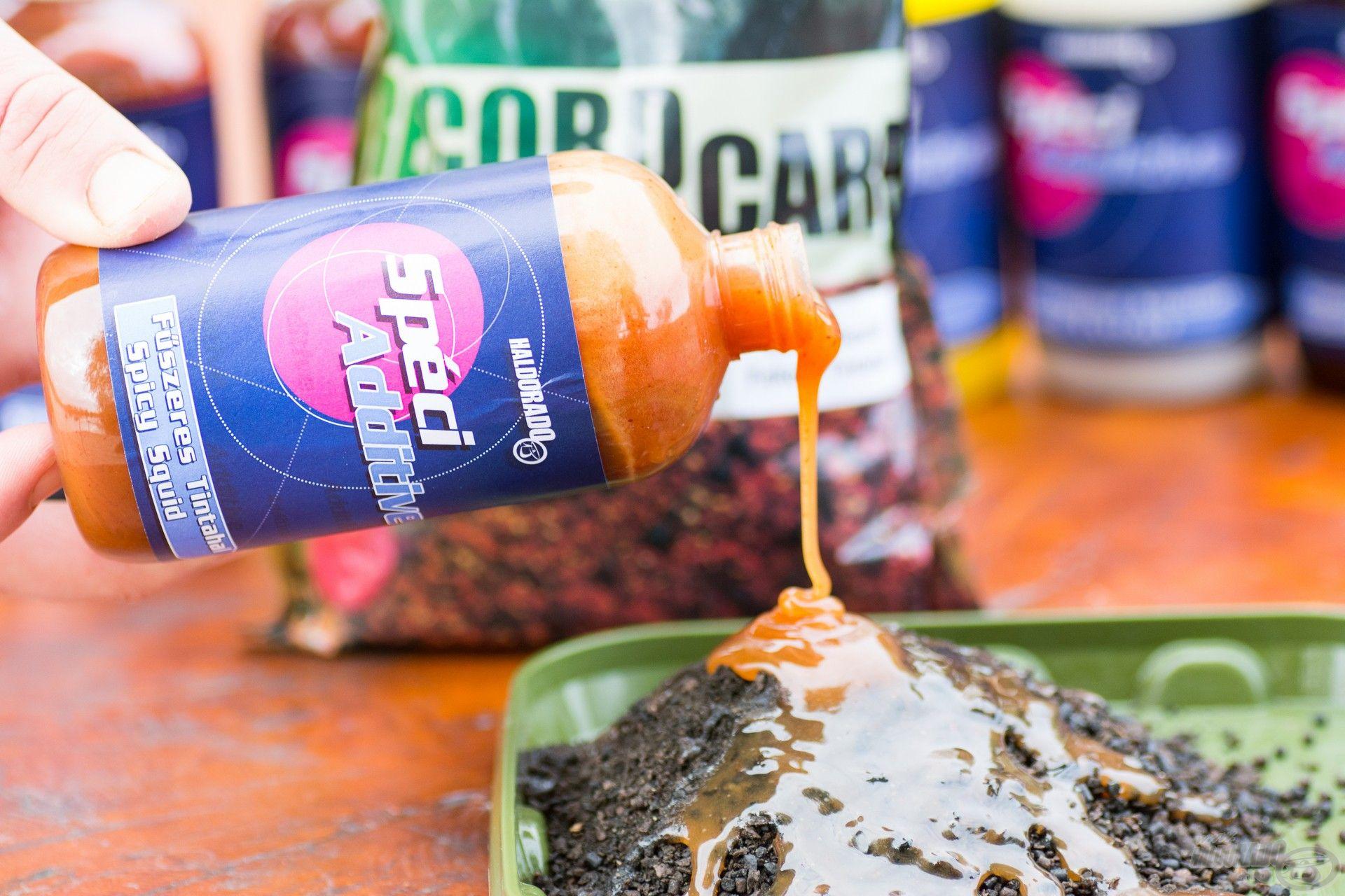 A Fűszeres Tintahal egy egész évben eredményesen használható adalék etetőanyagokhoz és stick mixekhez egyaránt