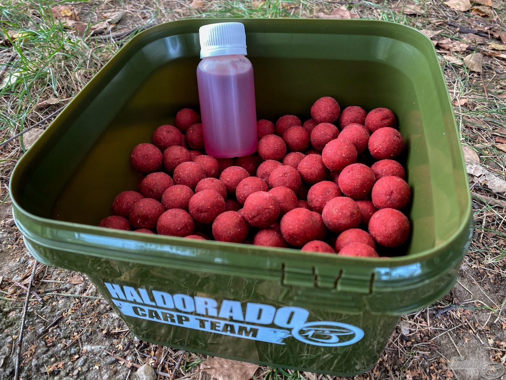 Újdonságként 1 kg-os kiszereléssel + egy ízben azonos 100 ml-es flakon aromával, egy praktikus vödörben hozzuk forgalomba
