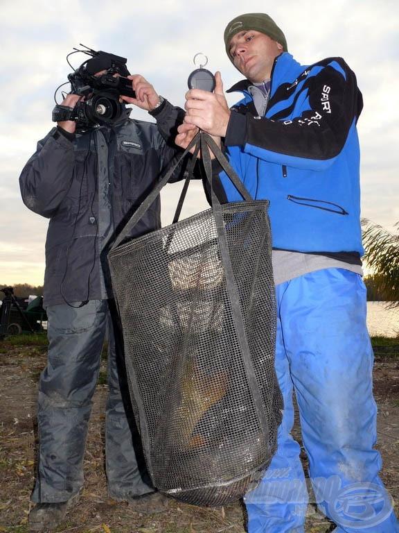 Most sem használtam haltartót. Minden halat a kifogása után azonnal lemértük, lefotóztuk…