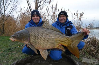 Hideg vízi pontyhorgászat feederrel 17. rész - Csak a kék!