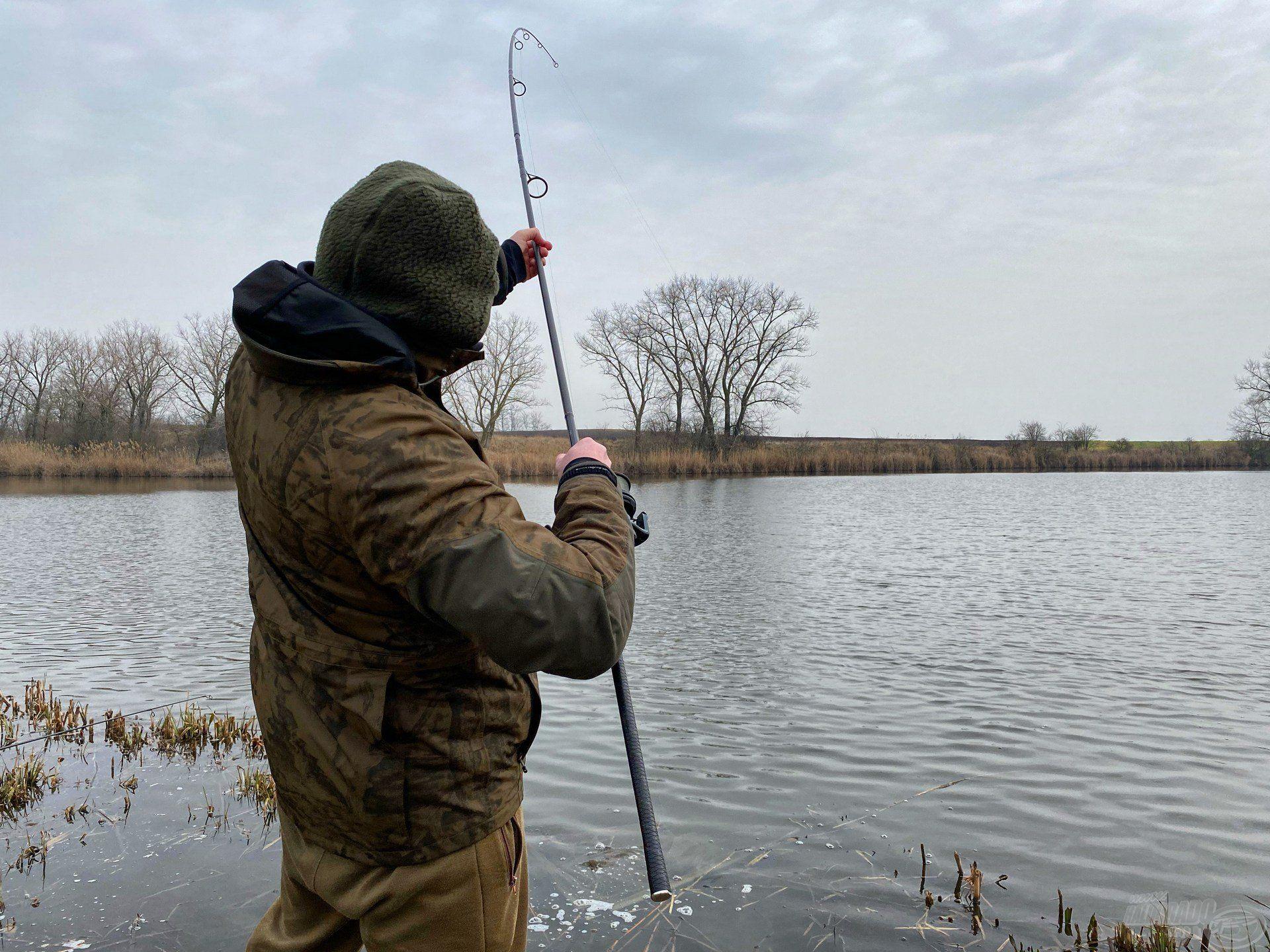 Hideg vízi horgászatokon minden akció aranyat ér