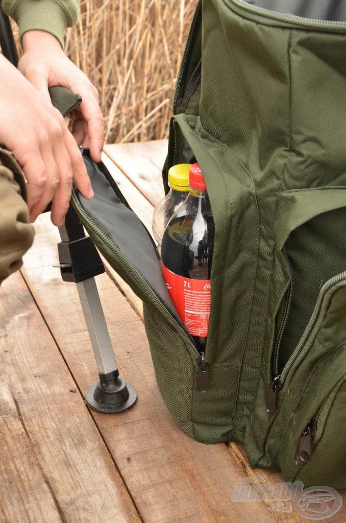 Az oldalsó hosszú zsebekben akár két nagy üdítő is elfér
