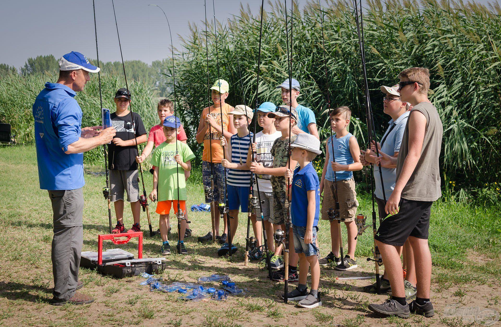 Ha valóban érdekli gyermekünket a horgászat, akkor a folyamatos fejlődéséhez szakemberek segítségére van szükség