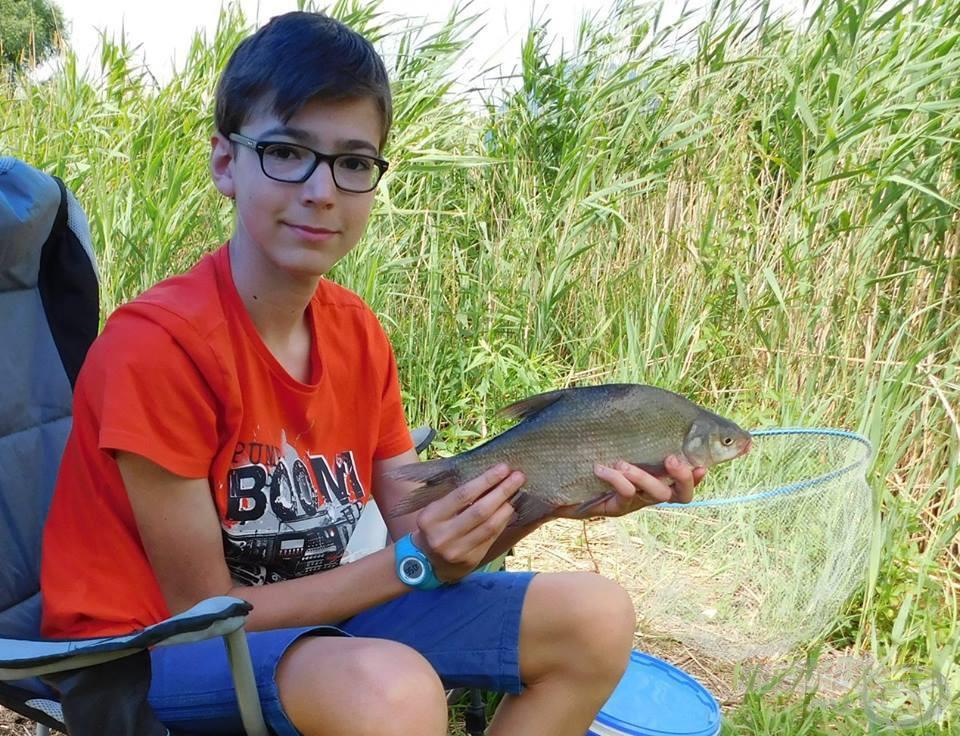… és ilyen halakat fogtam vele
