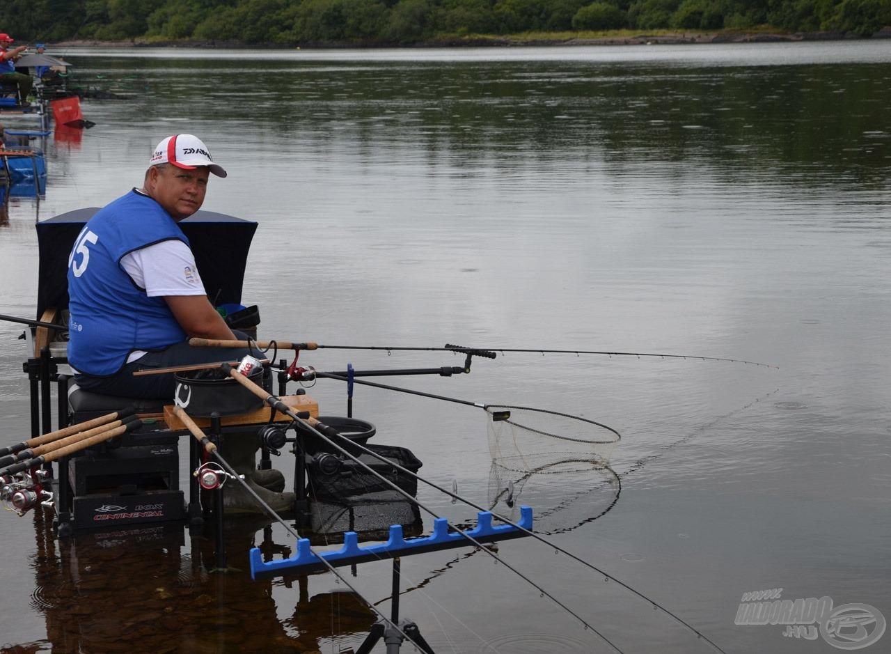 Novák Jani az A 15-ön horgászott, bent a sűrűjében, ahogy mondani szokták