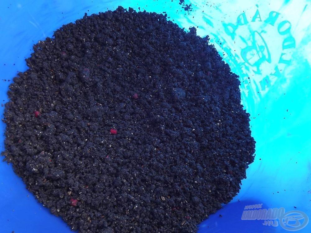 1 kg Pelletes Feketéhez…