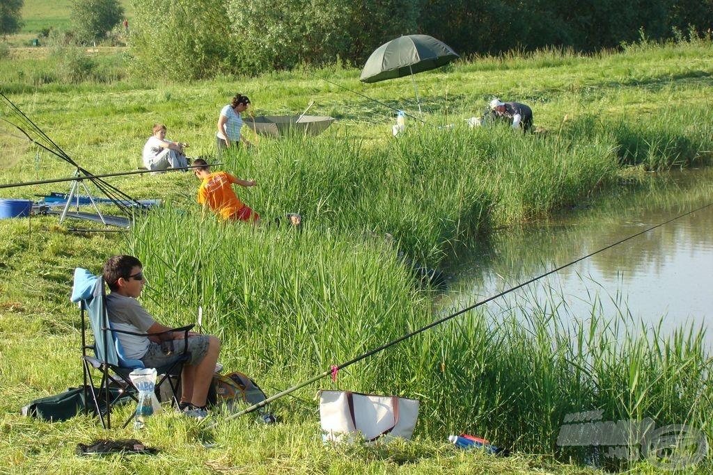 A VI. tó horgászai 1.