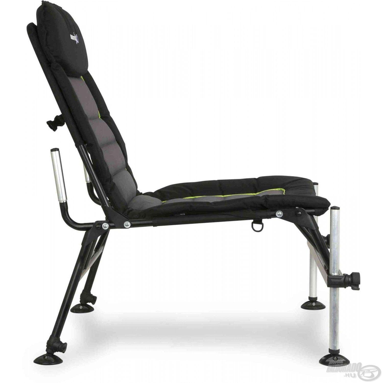Rendkívül stabil ez a fotel is!
