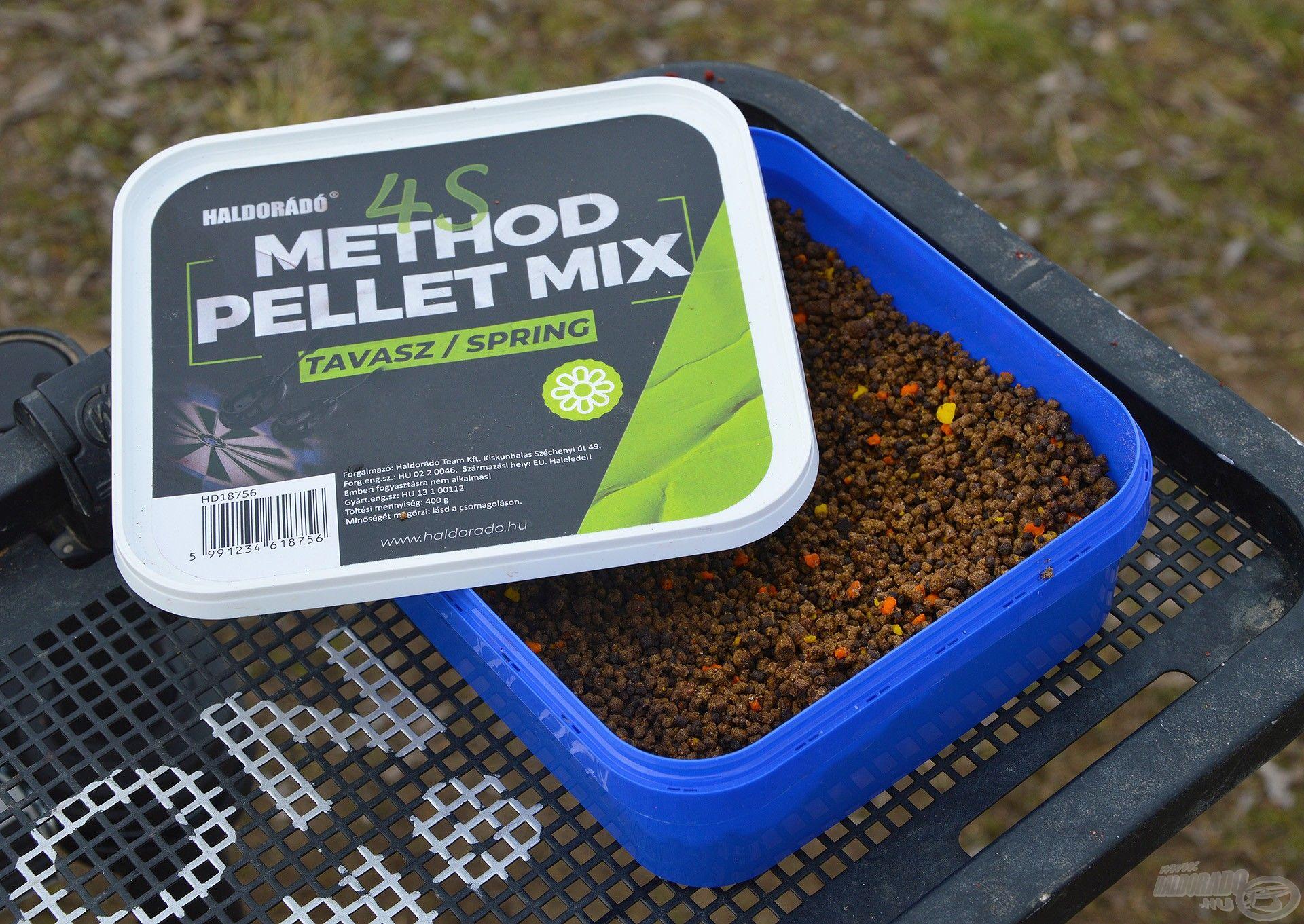 Egyszerű csalogatóanyag, amely natúr ízesítésű, de erősen halas