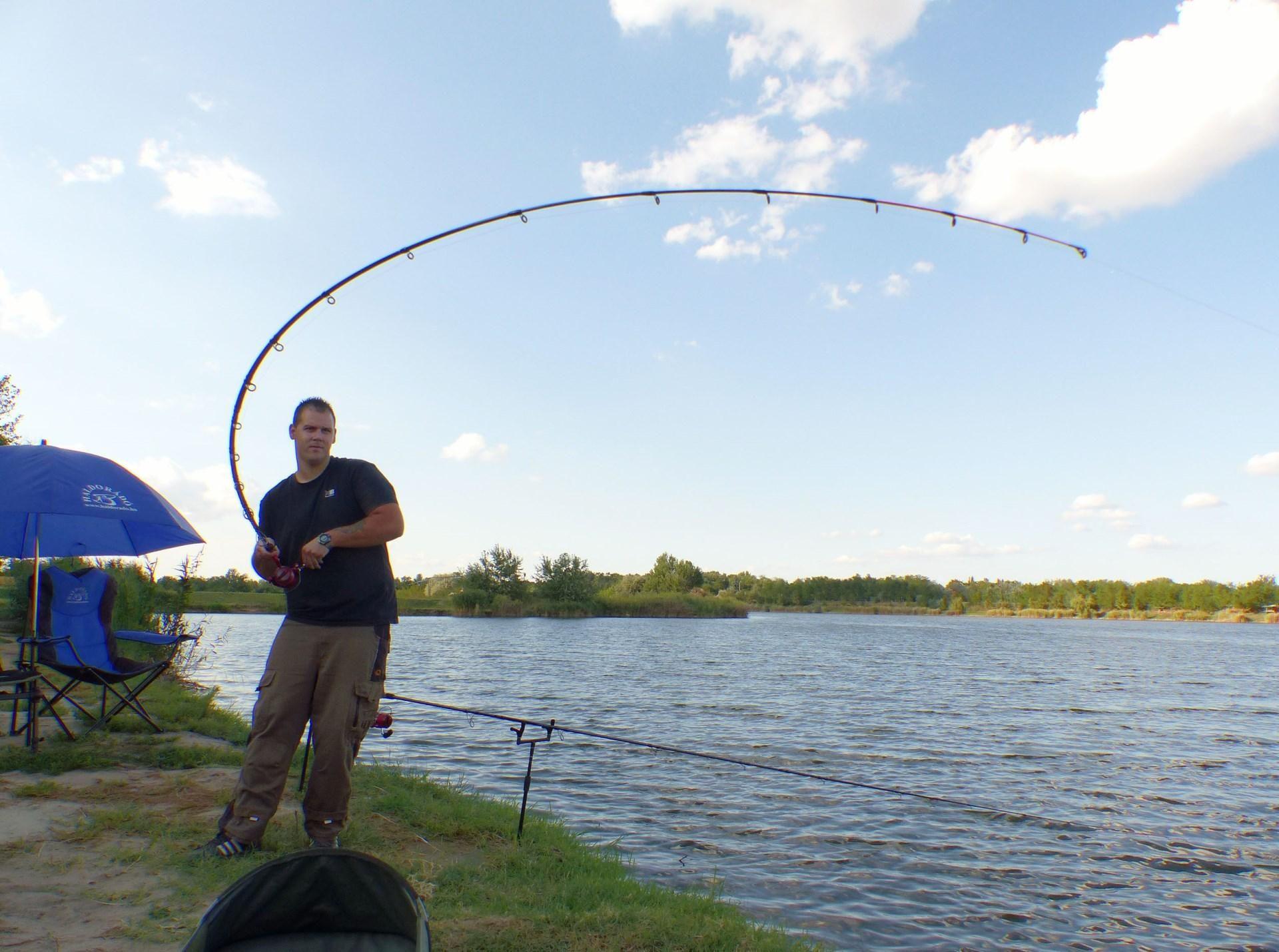 Emlékezetes fárasztás marad ez számomra, az itteni legnagyobb halam küzdött a horgon