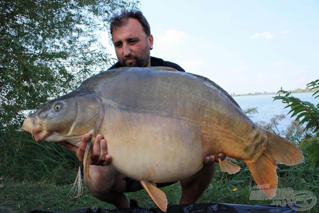 Az első komolyabb halam a tóról, 19,5 kg