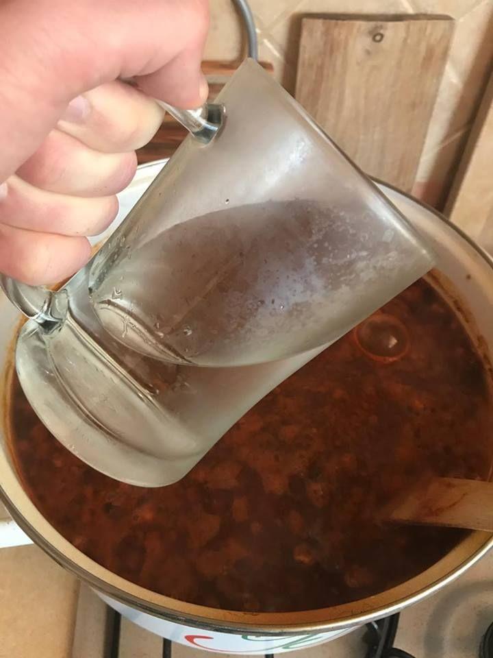 A főzés során elpárolgott vizet pótoljuk!
