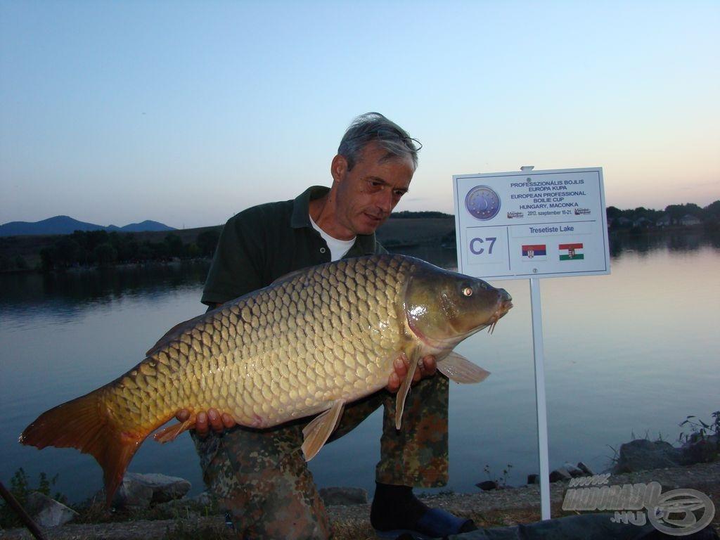 Iván és szép hala