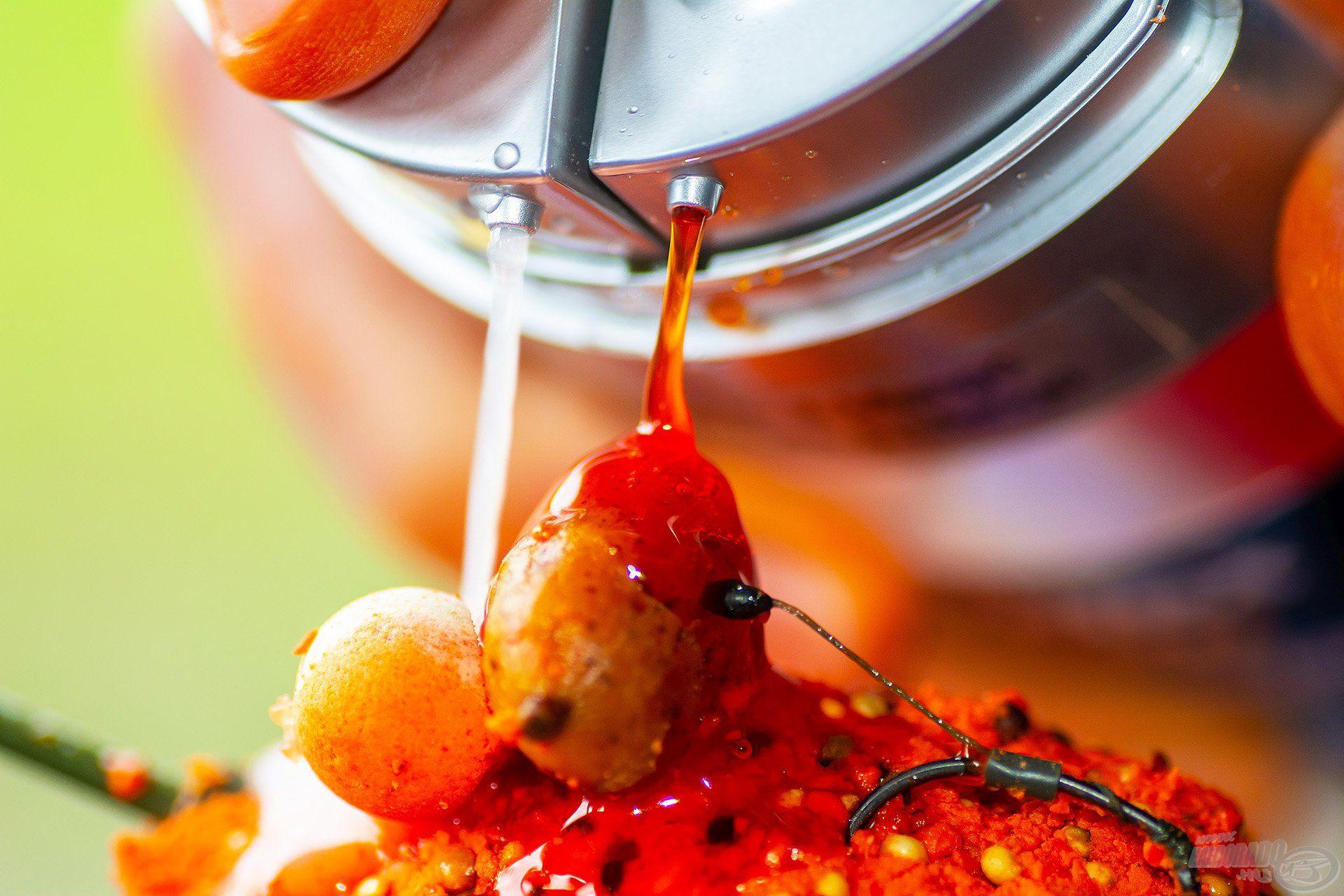 Rendkívül intenzív, jellegzetes íze és aromája a vajsavnak köszönhető, azonban ezt az orrfacsaró vonalat a mangó kellemesen édes gyümölcsössége kiválóan kiegészíti. A nyári vizekben imádják az amurok és a pontyok!