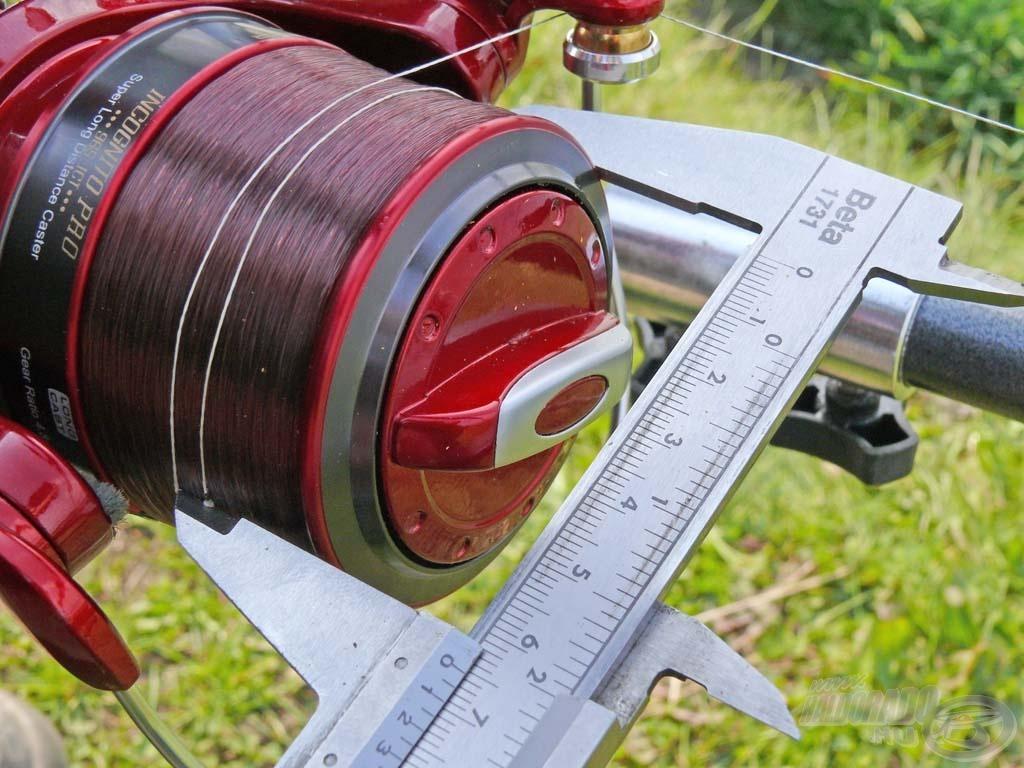 Az extra nagy, 65 mm dobátmérőjű orsóval akár 100 méter feletti dobótávolságokat is elérhetünk!…