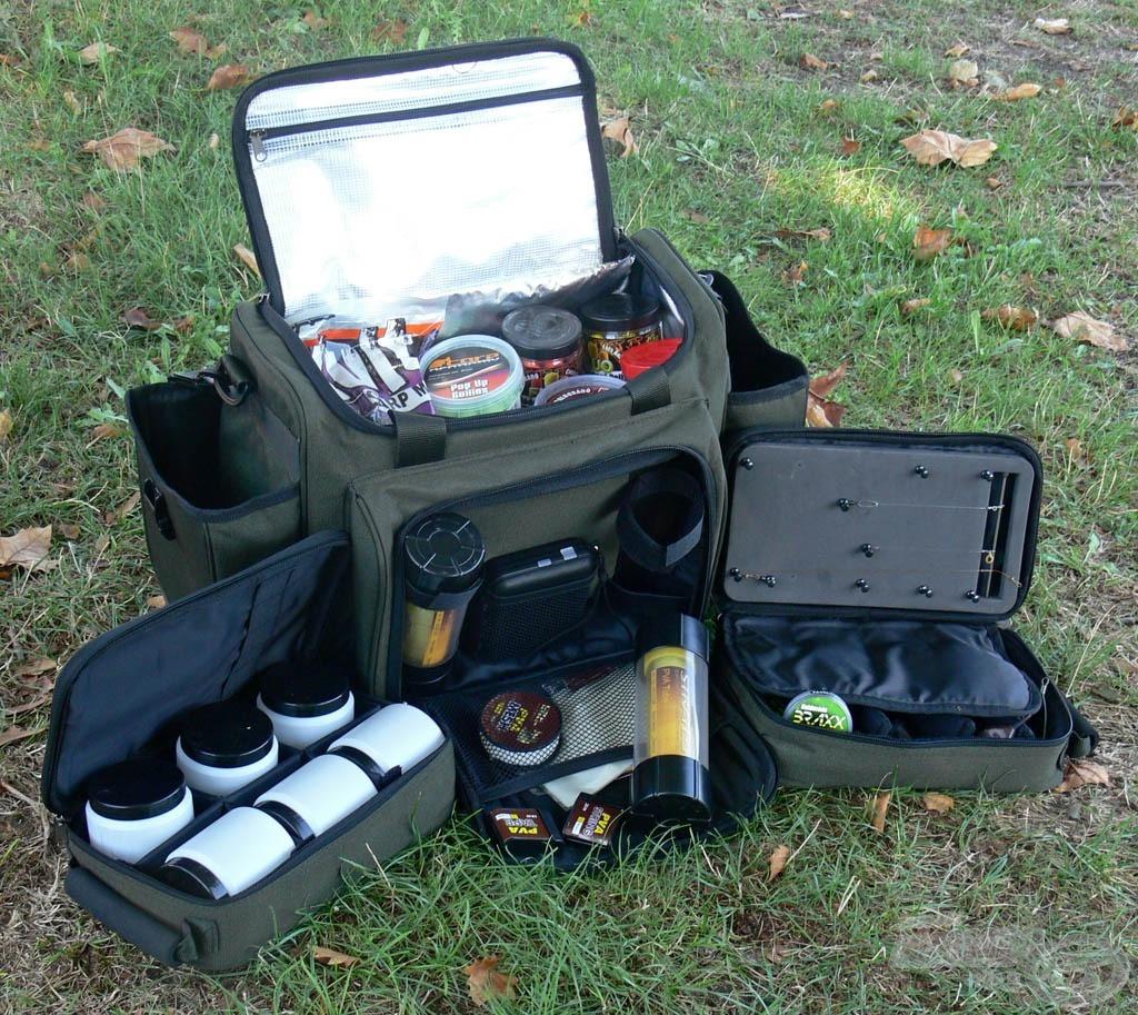 Ha mindennek bele kell férni egy táskába, akkor kiváló alternatíva az Exclusive pontyozó hűtőtáska
