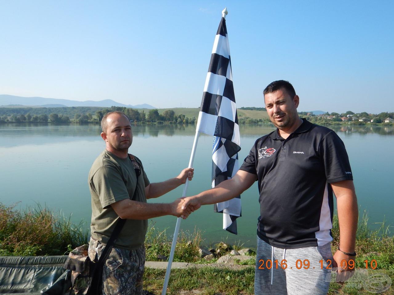 Harmadik gazdára lelt a legnagyobb halért járó kockás zászló