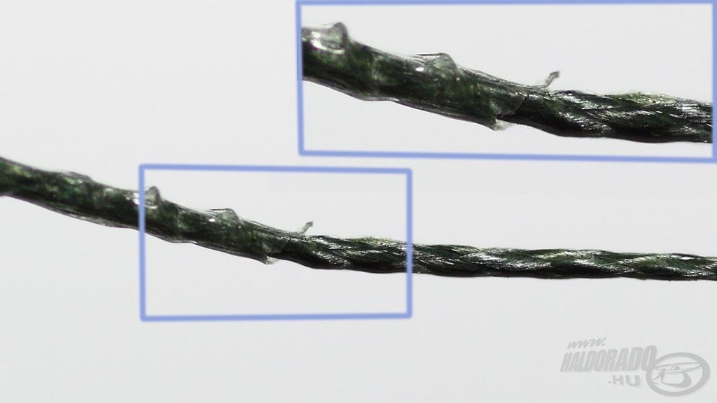 A jelölt terület bal részén még a bevonattal, míg tőle jobbra a már lehántolt előkezsinór