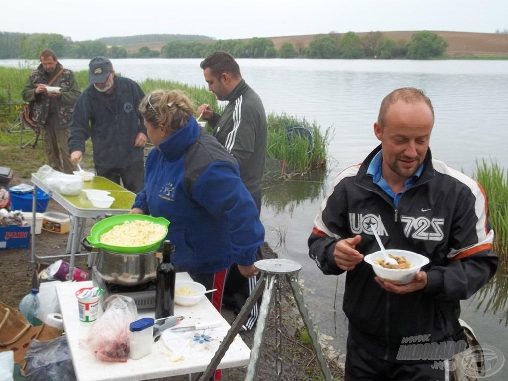 Jó étvágyat, horgásztársak!