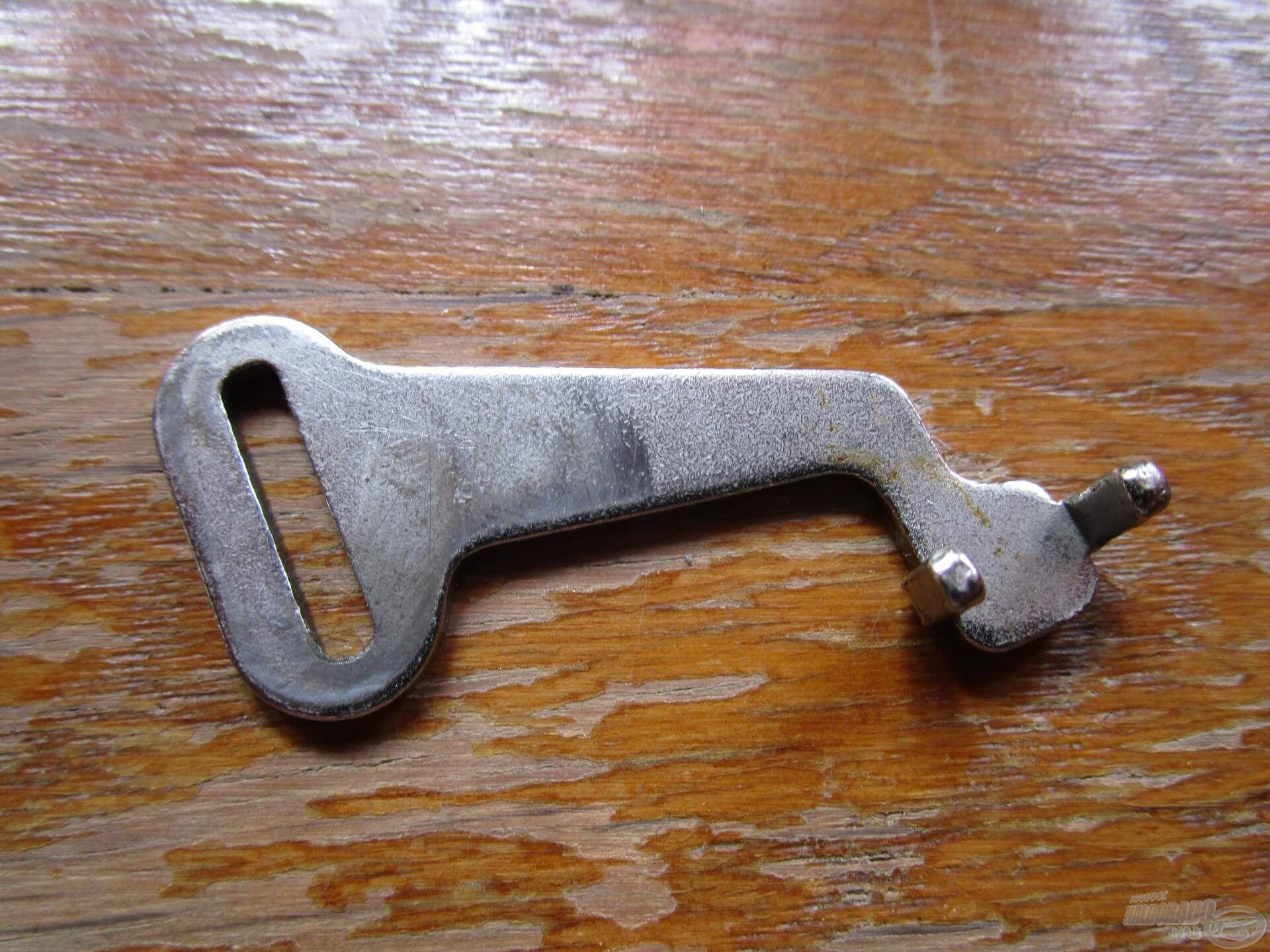 A dobemelő csúszka vastag és strapabíró anyagból készült