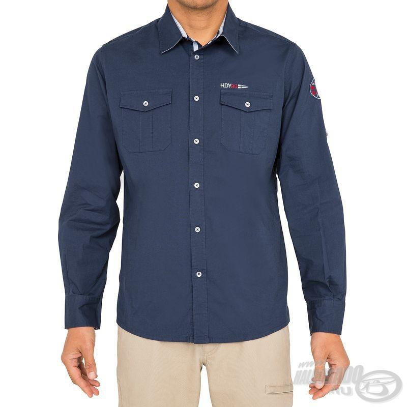 A Haldorádó Tribord UPF 40+ ingek másik, sötétkék színű változata is igazán elegáns, igényes megjelenést biztosító viselet