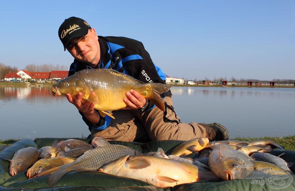 Az egész napos horgászat eredménye: 4 ponty, sok szép compó, ezüstkárász és dévérkeszeg - mindez spiccbottal!