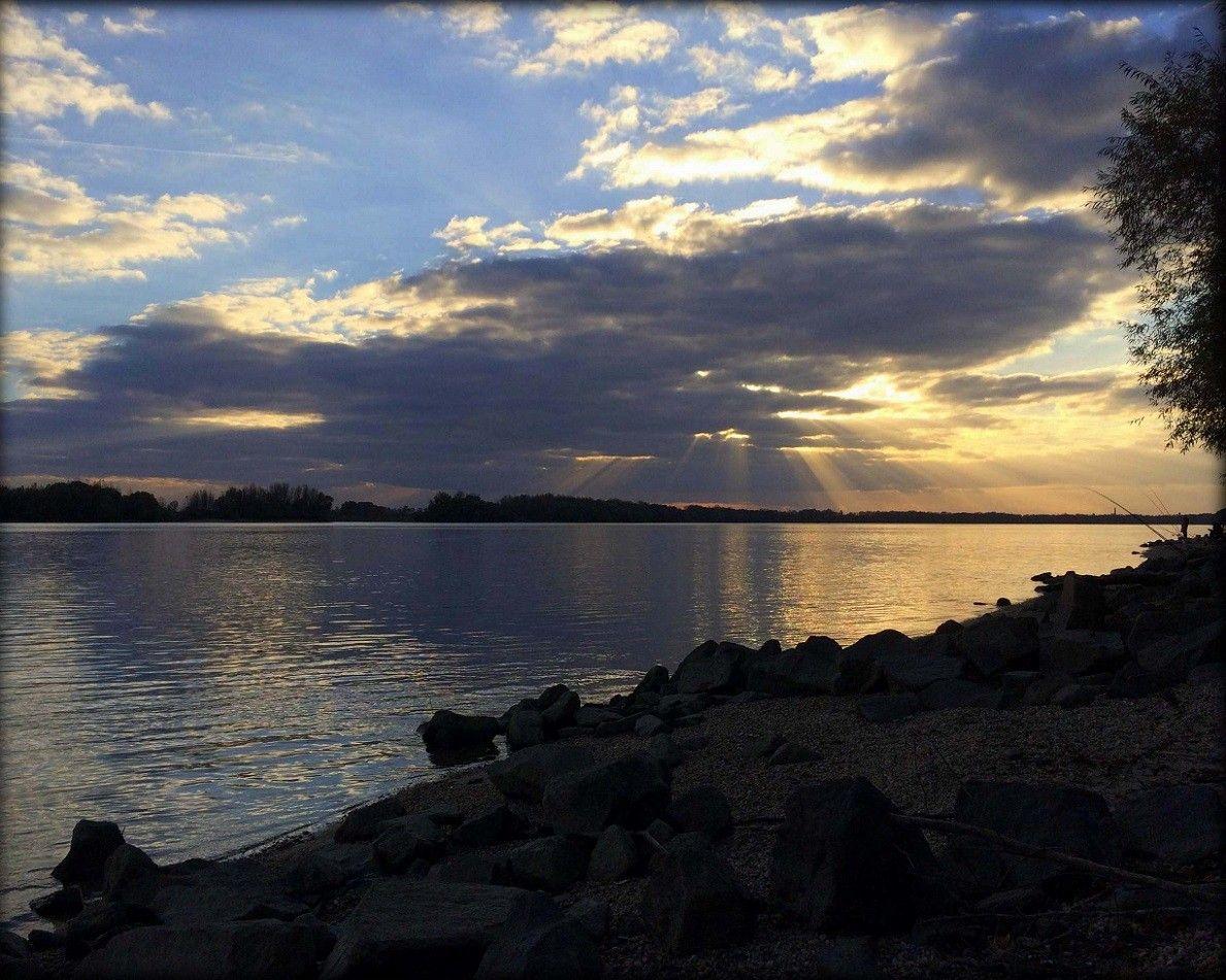 Egy utolsó pillantás a folyóra