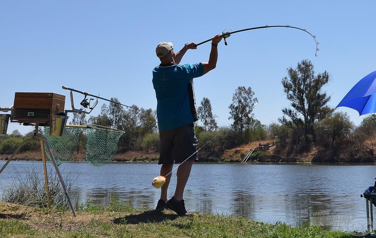 A bank angler horgászok 160 méterig könnyedén dobnak ezekkel a felszerelésekkel, de itt elég volt 120 méter is :)