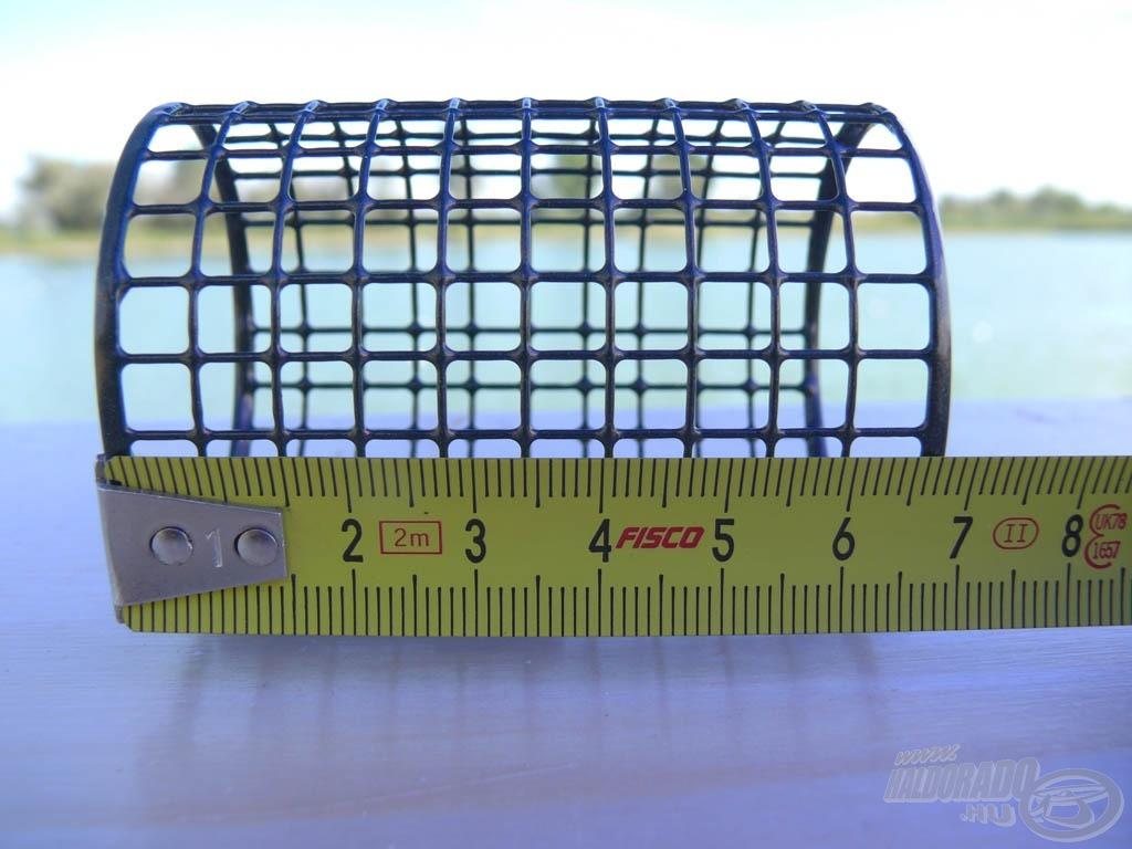 Ez a legnagyobb méretű feederkosár, amely a nemzetközi szabályzatnak is megfelel, ugyanis hossza kisebb, mint 7 cm…
