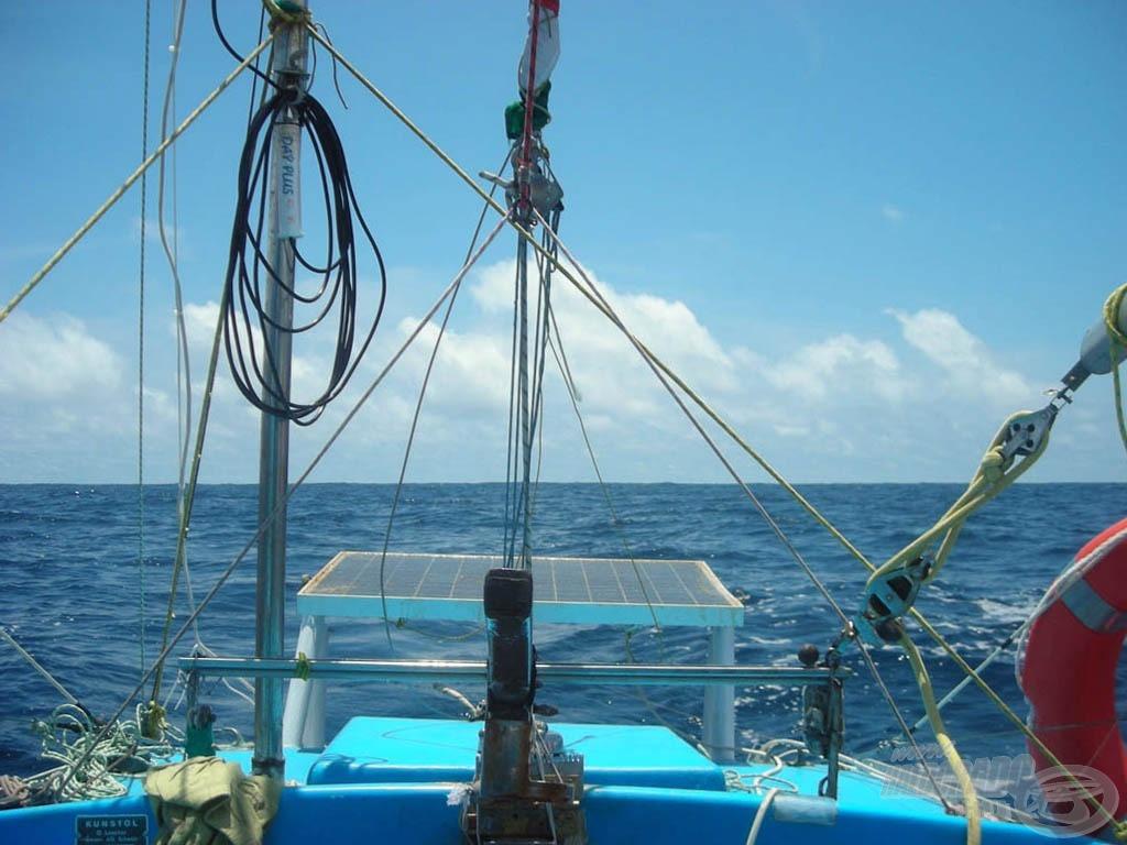 … és mögöttem is csak az óceán több mint 50 napon keresztül