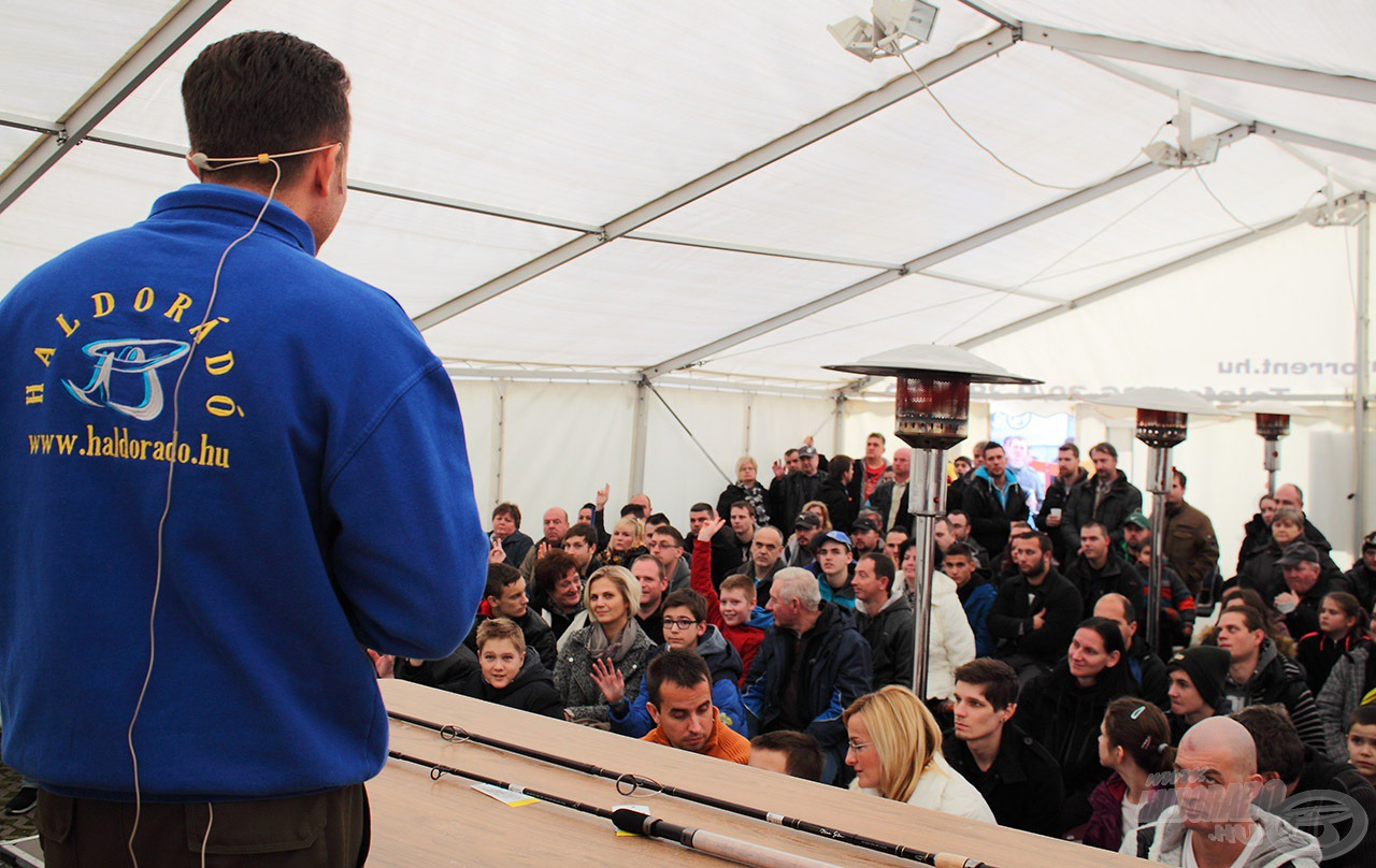 Döme Gábor igen meglepő előadást tartott a rendezvénysátorban